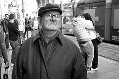 0 (Donato Buccella / sibemolle) Tags: street blackandwhite bw italy man milan love kiss couple candid milano streetphotography bacio viatorino anziano canon400d tiricorditiricorditiricordi sibemolle mg57871