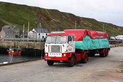 Volvo F88 240 (gylesnikki) Tags: wagon volvo lorry artic scrabster 240 f88 scotlandharbour