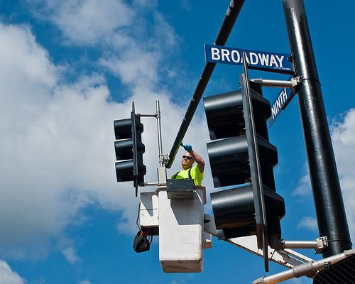 9th & Broadway