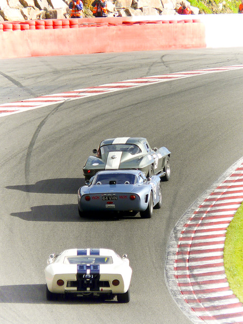 ford chevrolet corvette 2010 gt40 spafrancorchamps eaurouge competizione bizzarini 5300gt spasixhours