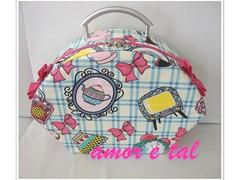 Maleta Cristal (amor e tal) Tags: artesanato maleta tecido algodo frasqueira cartonagem amoretal laoemvies barbarasampaio