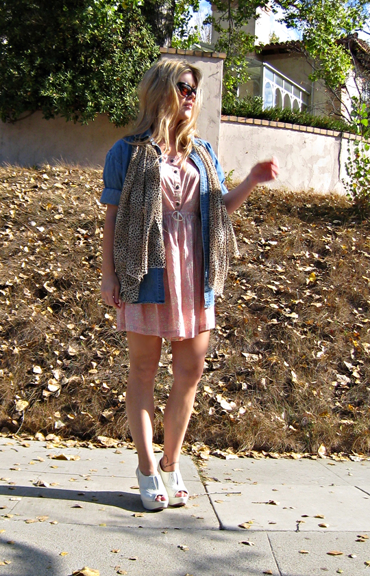 denim shirt+leopard print scarf+pink dress+vera wang wedges+tom ford sunglasses