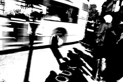 (Che-burashka) Tags: street blackandwhite bw motion blur bus london speed shadows streetphotography kitlens bn rush changes londonist canonefs1855mf3556is