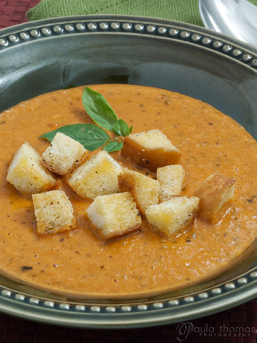 roasted tomato soup with rosemary croutons