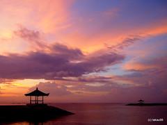 Morning glow, Bali (_takau99) Tags: trip morning travel vacation bali holiday beach topv111 pen sunrise indonesia topv555 topv333 glow topv444 olympus topv222 september topf10 2010 sanur morningglow takau99 penlite epl1