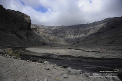 Volcanic eruption in Eyjafjallajokull shs_n3_050752 (Stefnisson) Tags: ice de island volcano iceland islandia flood glacier cap ash lightning volcanic eruption sland vulcano islande plume volcan vulkan vulkaan volcn islanda icecap lightnings eyjafjallajkull ijsland eyjafjallajokull eldgos ashfall stefnisson