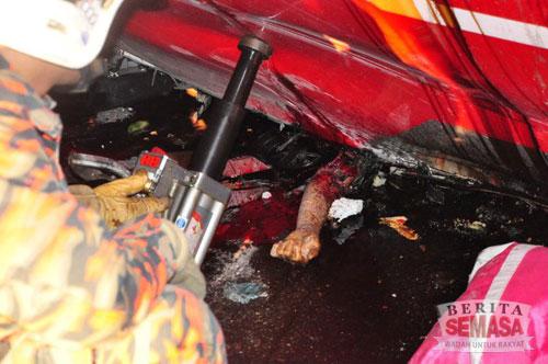 5071473016 dcc011669f Gambar Gambar Kemalangan Ngeri Lebuhraya PLUS