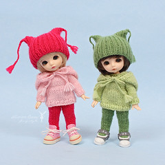 Set for PukiFee (Maram Banu) Tags: zoe outfit doll handmade clothes tiny bonnie bjd knitted crocheted fairyland fairystyle pukifee marambanu