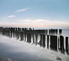 K7__2927 (Bob West) Tags: nightphotography ontario beach night lakeerie greatlakes fullmoon moonlight nightshots k7 southwestontario bobwest pentax1650f28 oldretainingwall