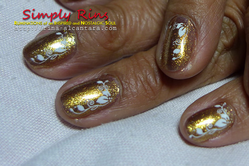 Nail Art Mothers Are Precious Like Gold 01