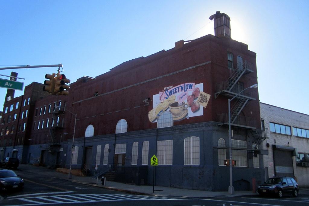 NYC - Brooklyn: Cumberland Packing