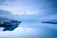 (samyaoo) Tags: lake mountains reflection clouds sunrise pier boat taiwan  wharf     sunmoonlake nantou