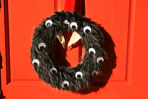 Monster wreath