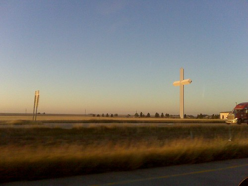 world's biggest cross (texas rt 40)