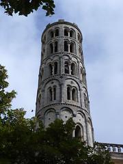 Uzs - St.-Thodorit (Martin M. Miles) Tags: france 30 belltower campanile romanesque romain gard uzs languedocroussillon clocher romanisch tourfenestrelle saintthodorit