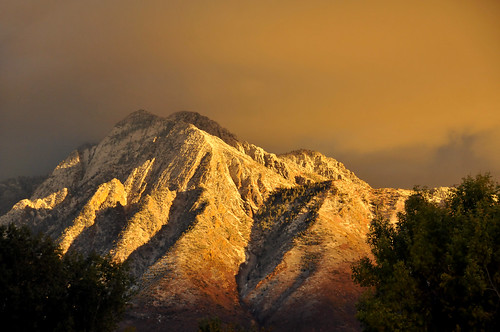Mount Olympus spectacular light oct 25 2010