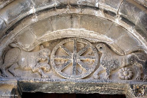 Tímpano Iglesia de Santa María