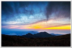 SDIM8003 ( or Jeff) Tags: sunset mountain nature water colors night clouds coast landscapes twilight place shot taiwan sigma explore  taipei   1020mm  discovery   scenes   afterglow foveon landscap  x3     glimmering 18200mm    datun  sd15
