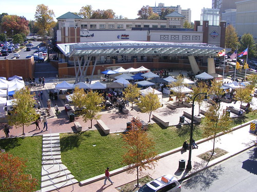 Fenton Street Market at Veterans Plaza