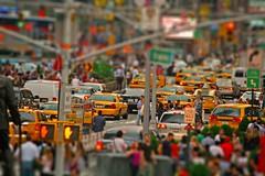 rush hour (Giacomo Carena) Tags: new york city nyc people yellow square downtown cab taxi centro shift persone giallo rush di punta times ora tilt tante giacomo crowdy gialli affollato gialle carena huor jekkone giacomocarena