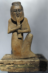grave guard with mask (guest at RMO from british museum) (koopmanrob) Tags: wood grave mask guard egyptian figure magie rmo egyptische koopmanrob