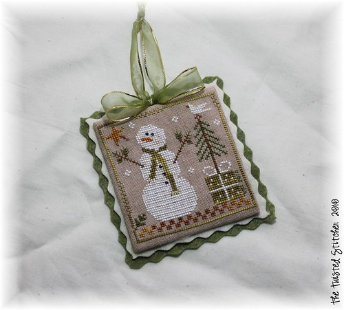 "Little House Needleworks ""Frosty Flakes"""