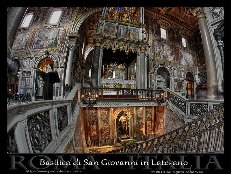 Roma - Archibasílica de San Juan de Letrán - Altar
