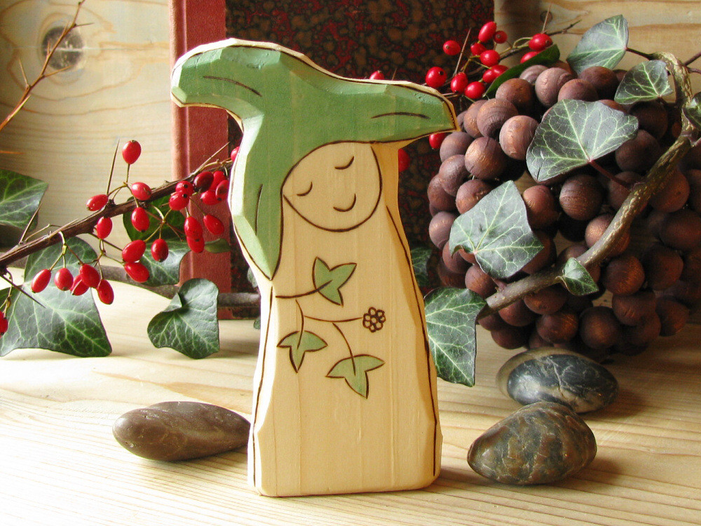 Ivy Gnome - waldorf inspired wooden toy