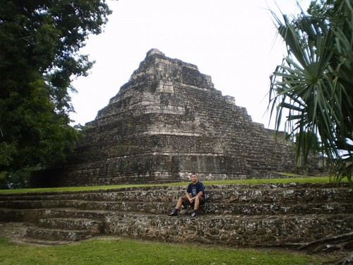 chakchoben piramidy maia