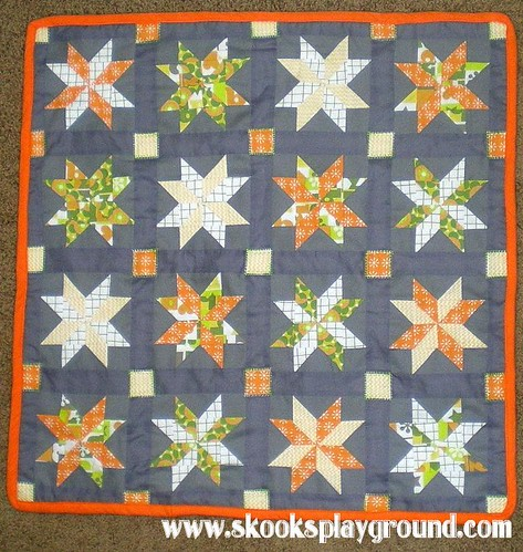 Sawtooth Pinwheel Baby Quilt