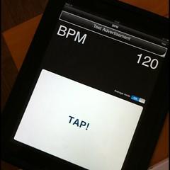 先日BPMをiPad対応したんだけど、何度見てもボタンがでかくて笑える