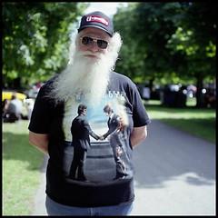 (. Az) Tags: tlr beard pinkfloyd wishyouwerehere mamiya330s wishidtakenmorecarewiththeshot