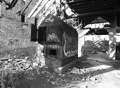 boiler (.:Axle:.) Tags: abandoned industry rust ruins decay 400tx pentax645 kodaktrix400 barbermill smcpentaxa64535mm135