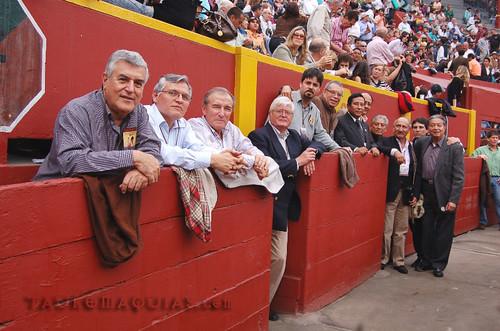 Médicos cirujanos taurinos de la plaza de Acho