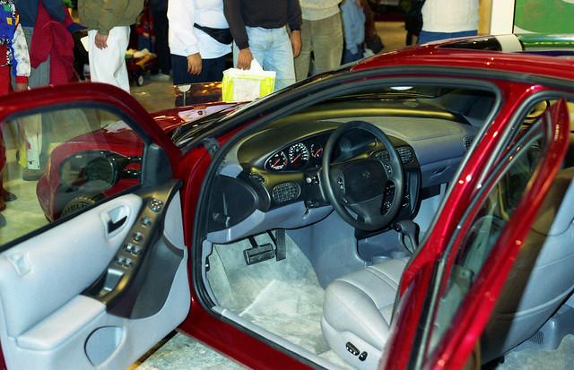 film 35mm interior 1994 instrumentpanel detroitautoshow cobohall driversside dodgeintrepid ricohxrm privpublic