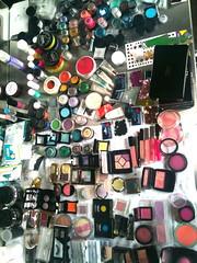 make-up-table-vogue-