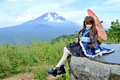 和ロリとフッジサーン(Mount Fuji) (Tehu O (てふ男)) Tags: doll dddy dollfiedream dd d3200 volks niimi haruka 新見遙佳 ドール
