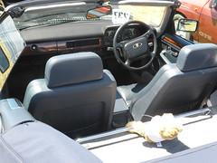 Jaguar XJS V12 Convertible (1991) (andreboeni) Tags: classic car automobile cars automobiles voitures autos automobili classique voiture rétro retro auto oldtimer klassik classica classico jaguar xjs v12 53 cabrio cabriolet convertible dashboard fascia interior cockpit