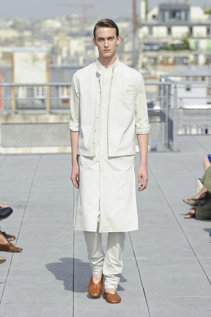 Elias Cafmeyer3024_SS11_Paris_Christophe Lemaire Haute Couture(lizzylily@mh)
