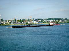 Veerhaven V (Qsimple, Memories For The Future Photography) Tags: holland river geotagged nederland boten nederlands merwede sliedrecht rivier schepen scheepvaart nld binnenvaart sonyt30 provinciezuidholland geo:lat=5182259607 geo:lon=473201752 qsimple
