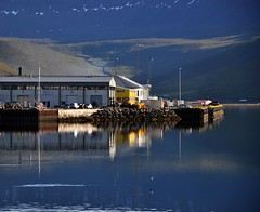 Isafjrdur harbor (ystenes) Tags: mountain reflection harbor iceland fjord 1001nights isfjorden sland vestfirir vestfirdir isafjordur magiccity safjrur platinumheartaward westfjord mygearandmepremium mygearandmebronze mygearandmesilver mygearandmegold mygearandmeplatinum mygearandmediamond artistoftheyearlevel2 musictomyeyeslevel1 flickrstruereflection1 flickrstruereflection2 flickrstruereflection3 flickrstruereflection4 rememberthatmomentlevel1