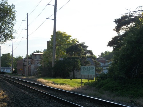 Approaching Haeger via the Train Tracks