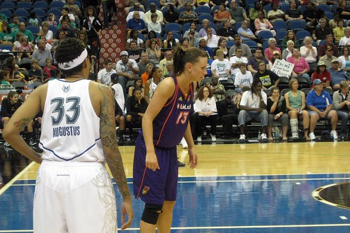 Seimone Augustus and Penny Taylor