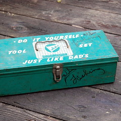 Vintage Jr Ace Toy Toolbox (calloohcallay) Tags: green metal vintage children toy rusty distressed toolbox tacklebox toolset calloohcallay jrace
