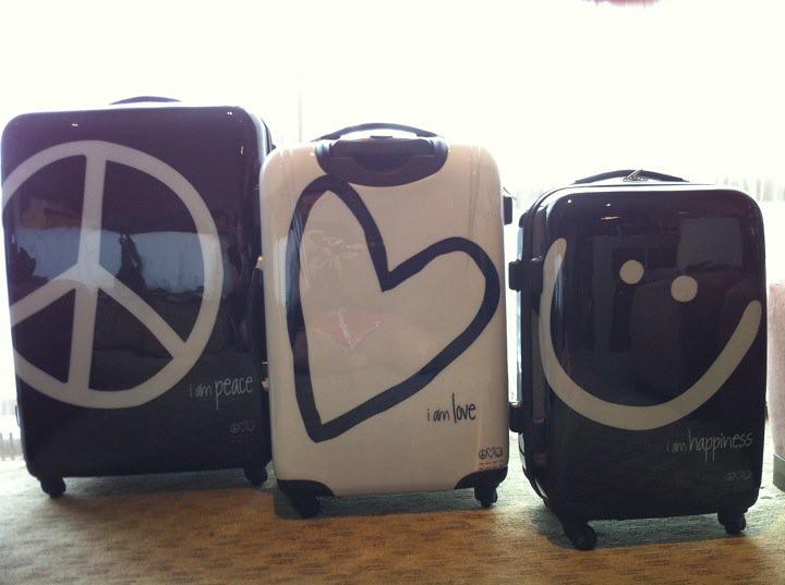 Rolling Lug E Peace Love World Style Peaceloveworld Tags Coolrollinglug E Rollingsuitcasesets Rollingtravellug E