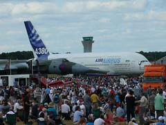 Airbus A380 und Avro Vulcan