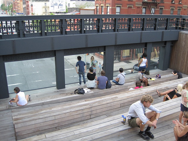High Line audience