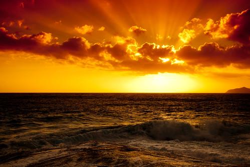 フリー写真素材, 自然・風景, 海, 夕日・夕焼け・日没, 雲, イタリア, 日光・太陽光線,