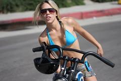 Biker babe (San Diego Shooter) Tags: girls portrait girl sandiego streetphotography pacificbeach bikerbabe sandiegopeople sandiegostreetphotography