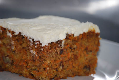 Real easy Carrot cake with frosting